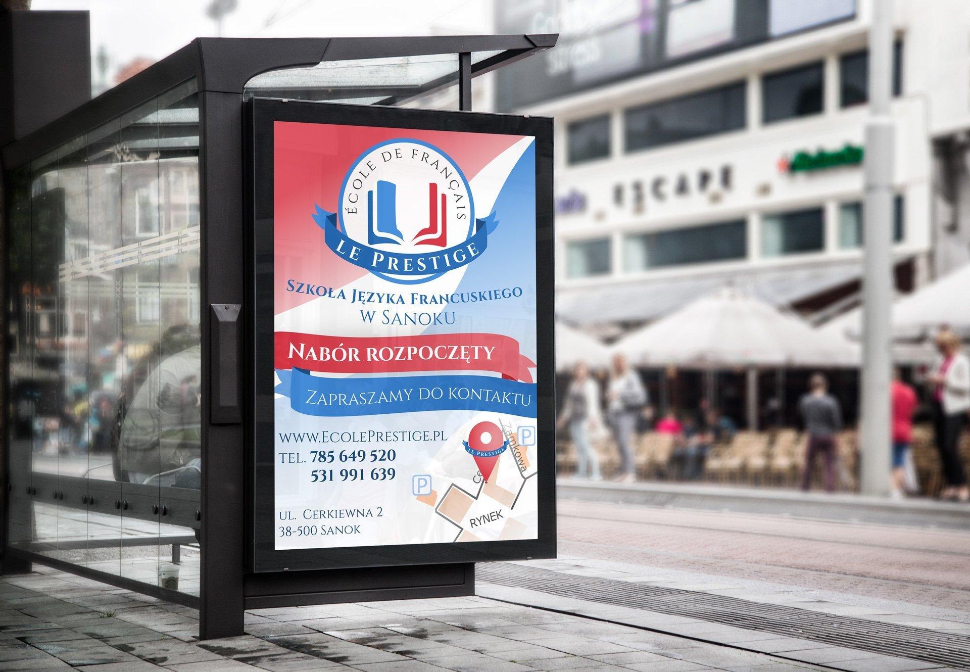 Przykładowy sposób prezentacji plakatu Szkoły Le Prestige - Citylight (by BBIG.PL)