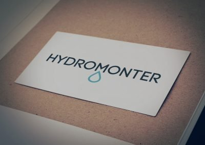 Jeden z odrzuconych przez klienta projektów znaku firmy HydroMonter (by BBIG.PL)