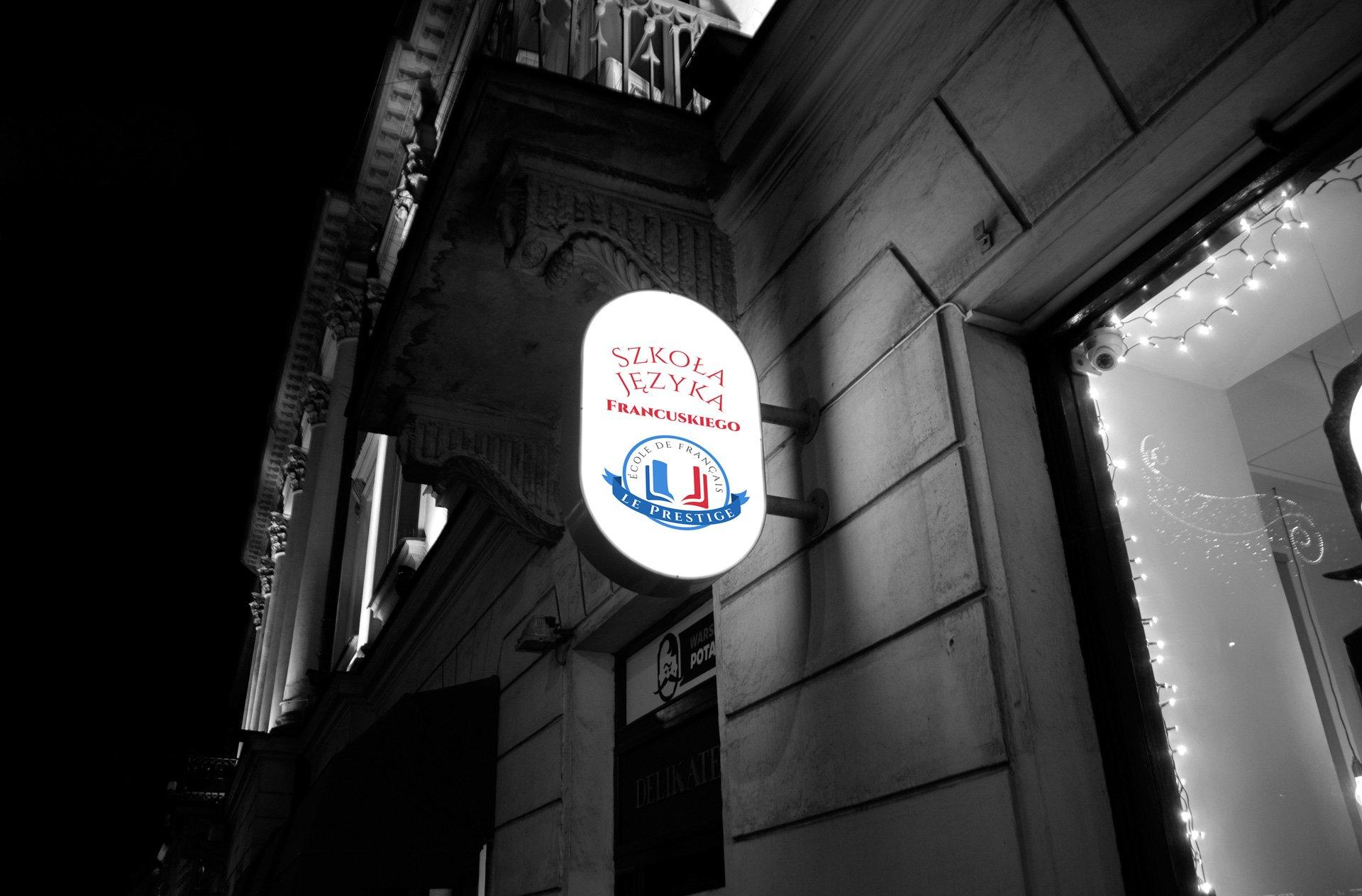 Wizualizacja logo Le Prestige na kasetonie świetlnym (by BBIG.PL)
